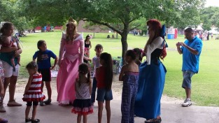 Lessons in being a princess, from Pippity Poppity Parties.